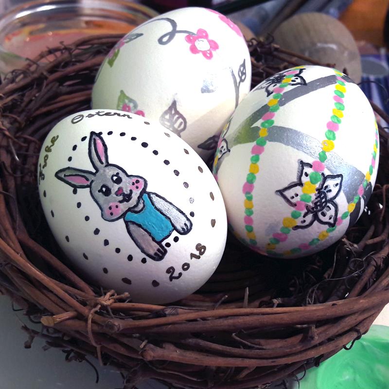 Ostereier Bemalen Mit Acrylfarben Und Markern
